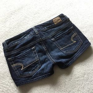 Free with purchase 🌟 Blue denim jean shorts